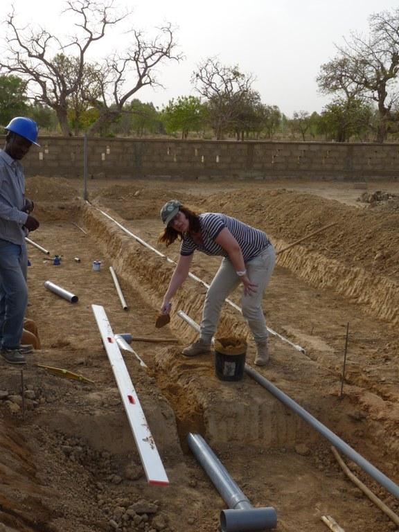 Installation im ersten Becken